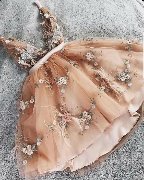 Unique Appliques V Neck Champagne Tulle Cute Homecoming Dress