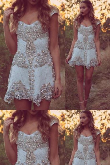 Fashion Short Classy Wedding/Homecoming/Prom Dress- White Off the Shoulder with Beaded
