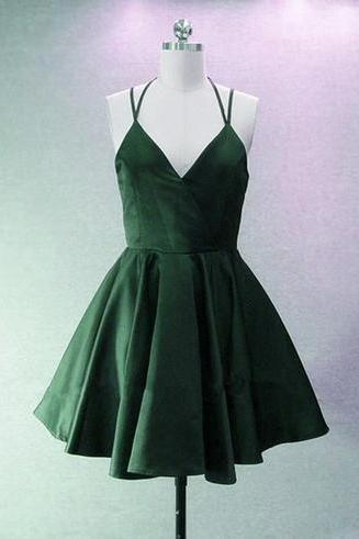 Green Halter V-neckline Short Junior Party Dress, Homecoming Dress