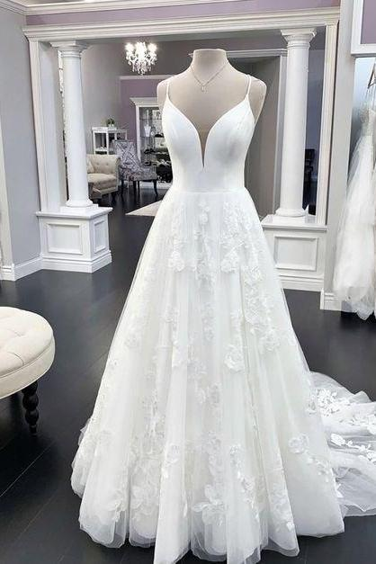 White a line lace long prom dress