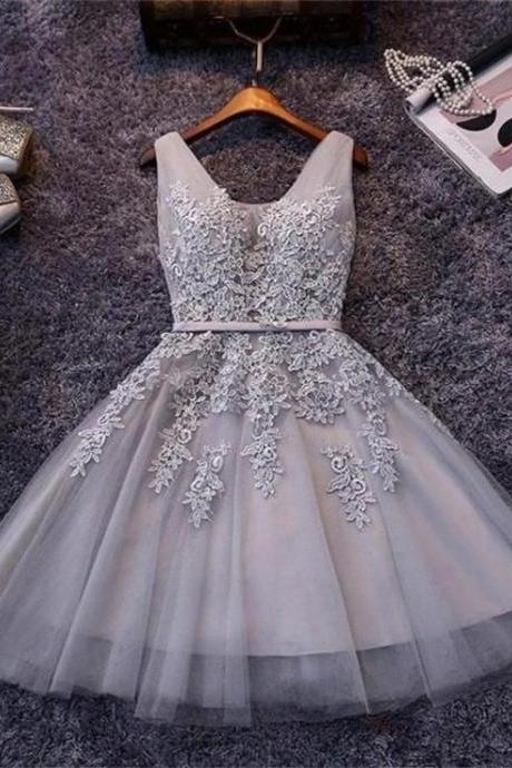 A-line Sleeveless Lace Appliques Short Tulle Homecoming Dresses