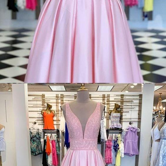 V-neck Beading Bodice Pearl Pink Pleated Prom Dress
